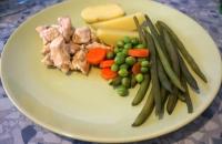 Poulet au curry et poêlée de légumes