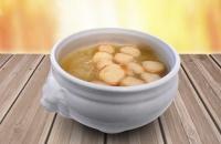Soupe à l'oignon & croûtons