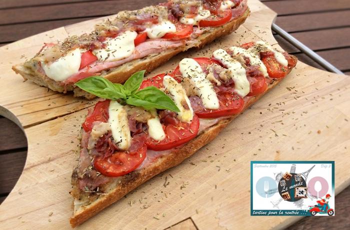 Tartine «tomatoes, mozza, poire»