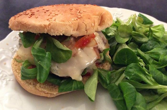Burger au Gorgonzola & mâche