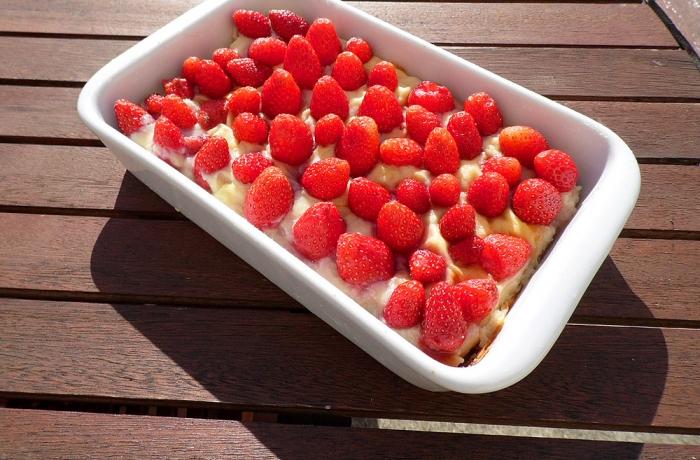 Tarte sablée aux fraises du jardin